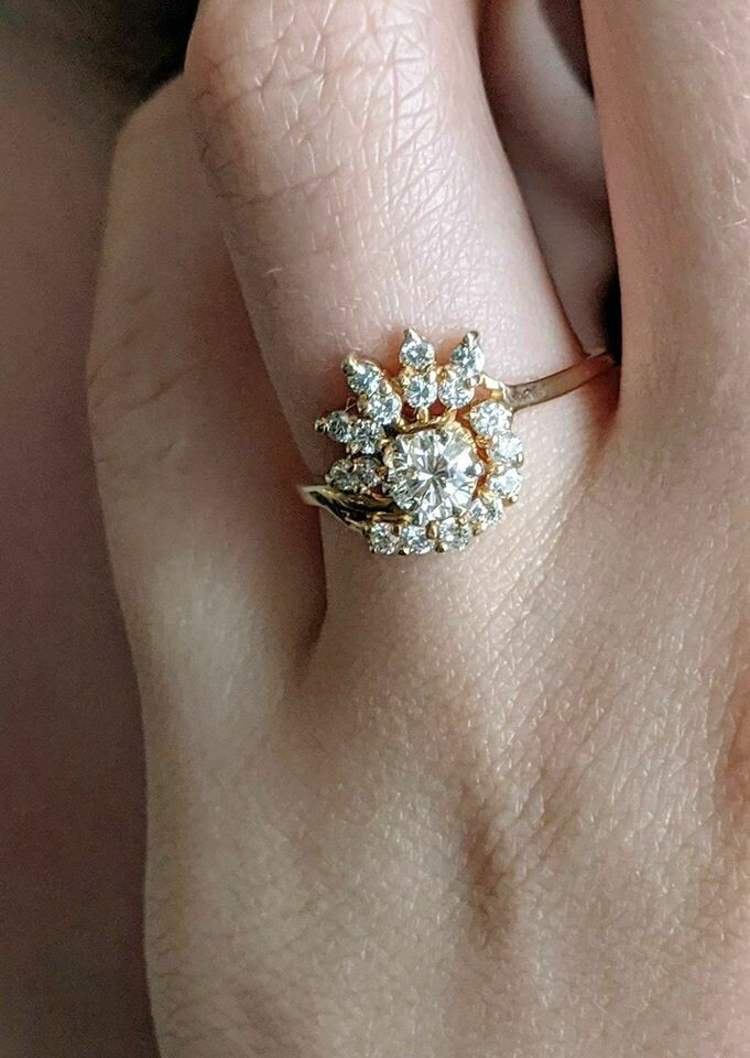 0.70 ct Total Vintage Natural Diamond Engagement Ring Sunburst Style Yellow Gold