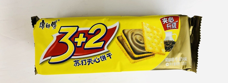 GROC【杂货】康师傅3+2苏打夹心饼干咖啡牛奶味~125g