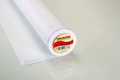 Vilene 304 Iron-On Interlining Standard Medium 90cm White