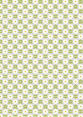 **REMNANT** Lewis & Irene Love me Love me Not - Retro Daisy on Palest Grey 102cm x 112cm