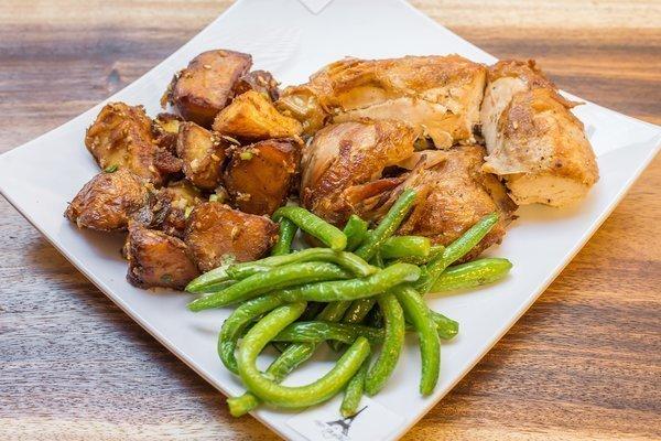 Empire Chicken & Garlic Roasted Veggies