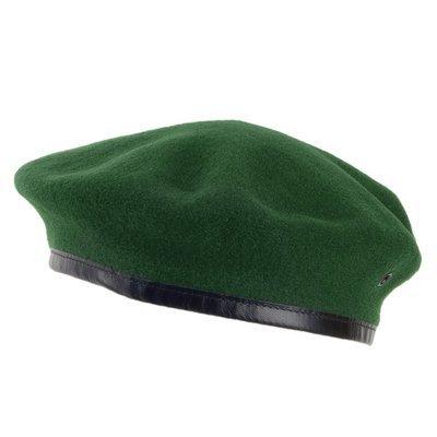 Берет зеленый валеный (бесшовный)