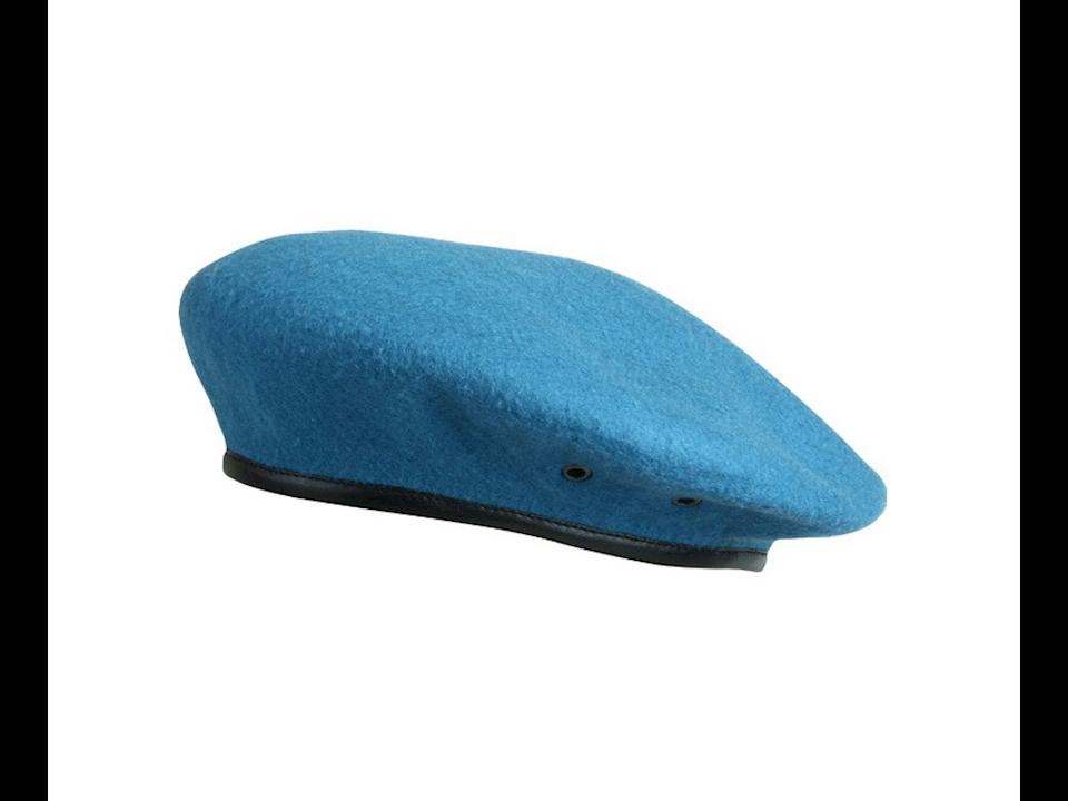 Берет голубой валеный (бесшовный)