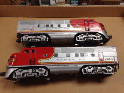 Lionel 2333 F3 AA & 2530 2531 2532 Passenger Cars