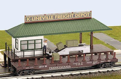 K-Line  Operating Loading Platform with freight car K-42418  (NEW IN BOX)
