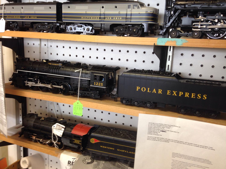 Lionel Scale Polar Express Set - Locomotive/Tender & 6 Passenger Cars - 2010