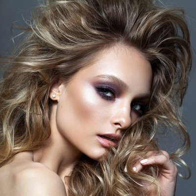 Hairstyling Course for Makeup Artists and Beginners