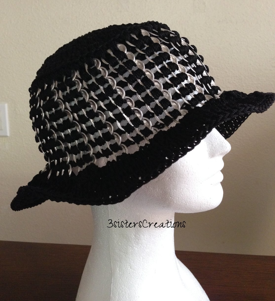Hat made with Recycled SODA TOP POPS