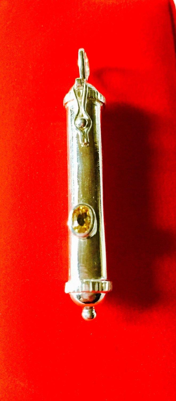 Amulette des Indes - Pierres de Novembre et Décembre - Cliquez ici