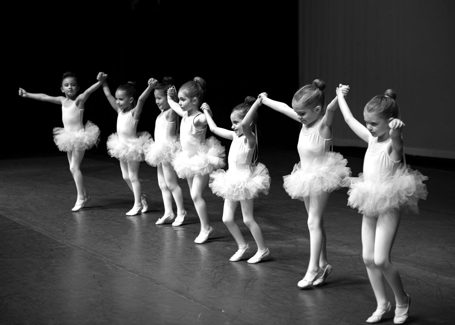 *NEW* Friday Petites Classical Ballet!