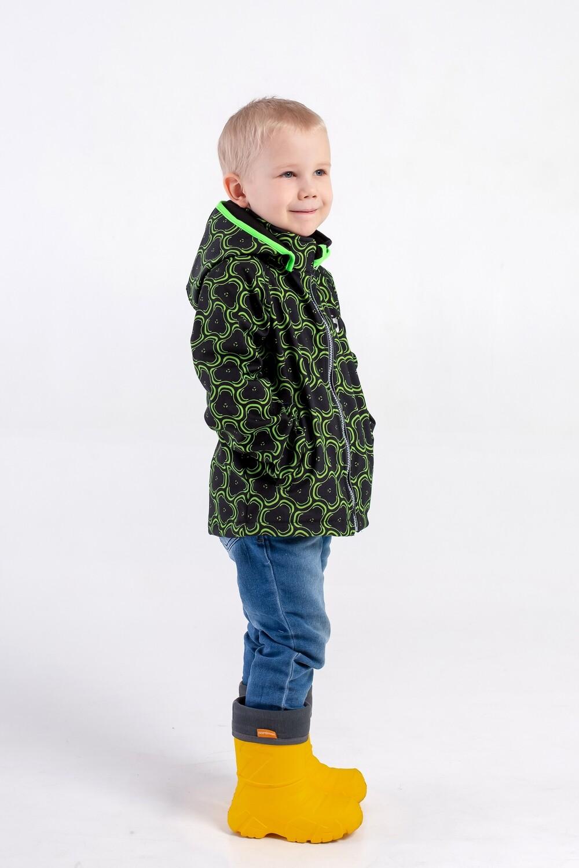 """Водоотталкивающая куртка для мальчиков Smail Softshell черно-зелёная """"Спиннер"""""""