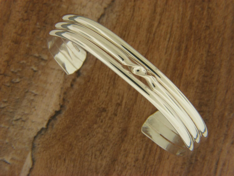 Triple Band w/ Twist  Center Bracelet