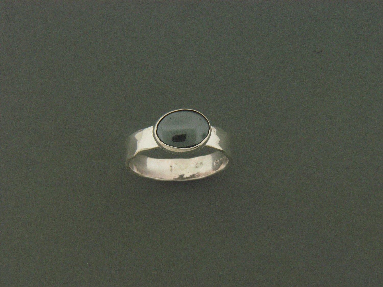 Medium Flat Band w/Stone