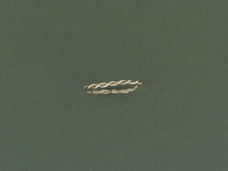 Double Twisted Skinny Ring