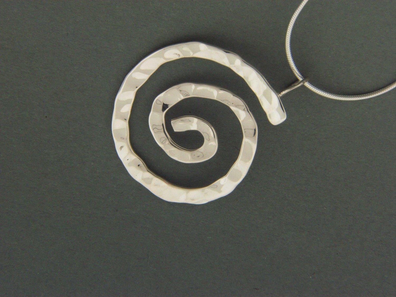 Heavy Swirl Pendant