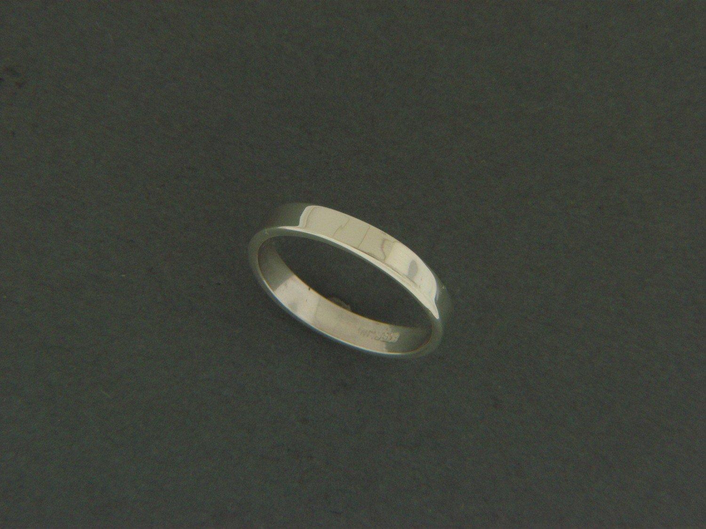 Thin Flat Smooth Ring