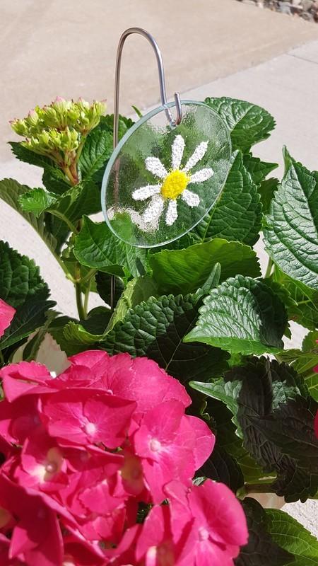 Daisy Flower Pot Charm