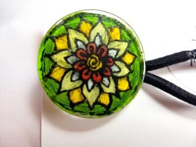 Rockin'Diva Ponytail Holder, Flower Power on Green