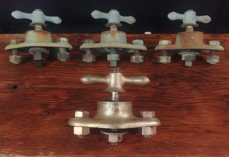 Large Vintage Solid Brass Mounting Bracket with Wingnut - GE Novalux Light No. 3