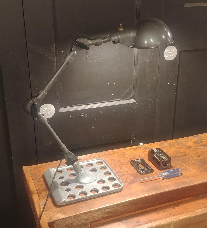 Machine Task Light -> Industrial Desk Lamp w/ Custom Base