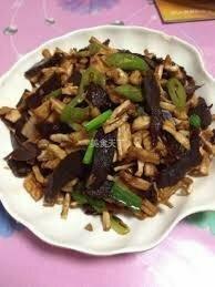 ZWHN【滋味湖南】萝卜干炒腊牛肉 Sauteed Beef with Dried Tumlp