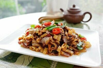 ZWHN【滋味湖南】笋干炒腊牛肉 Sauteed Beef with Dried Bamboo shoot