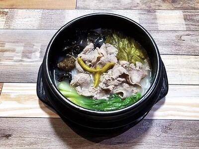 LT【龍堂】酸汤肥牛米线 Beef Rice Noodle Pot w/ Sour Cabbage