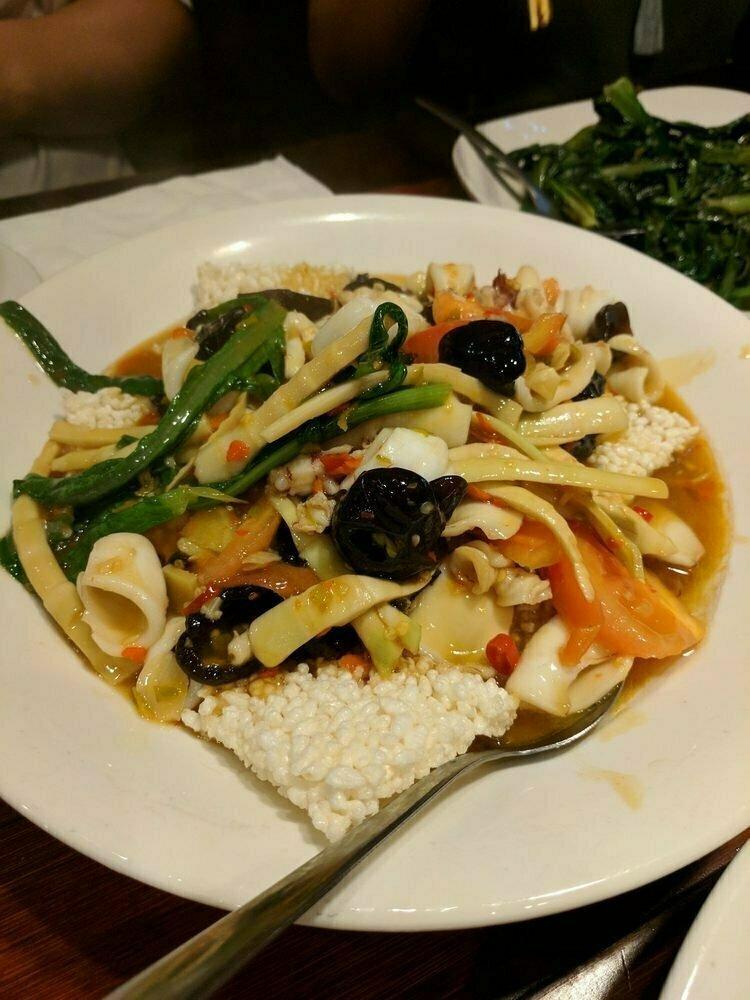 ZWCD【滋味成都】锅巴鲜椒鱿鱼 Squid with Crispy Rice Crust (周二休息,晚餐不配饭)