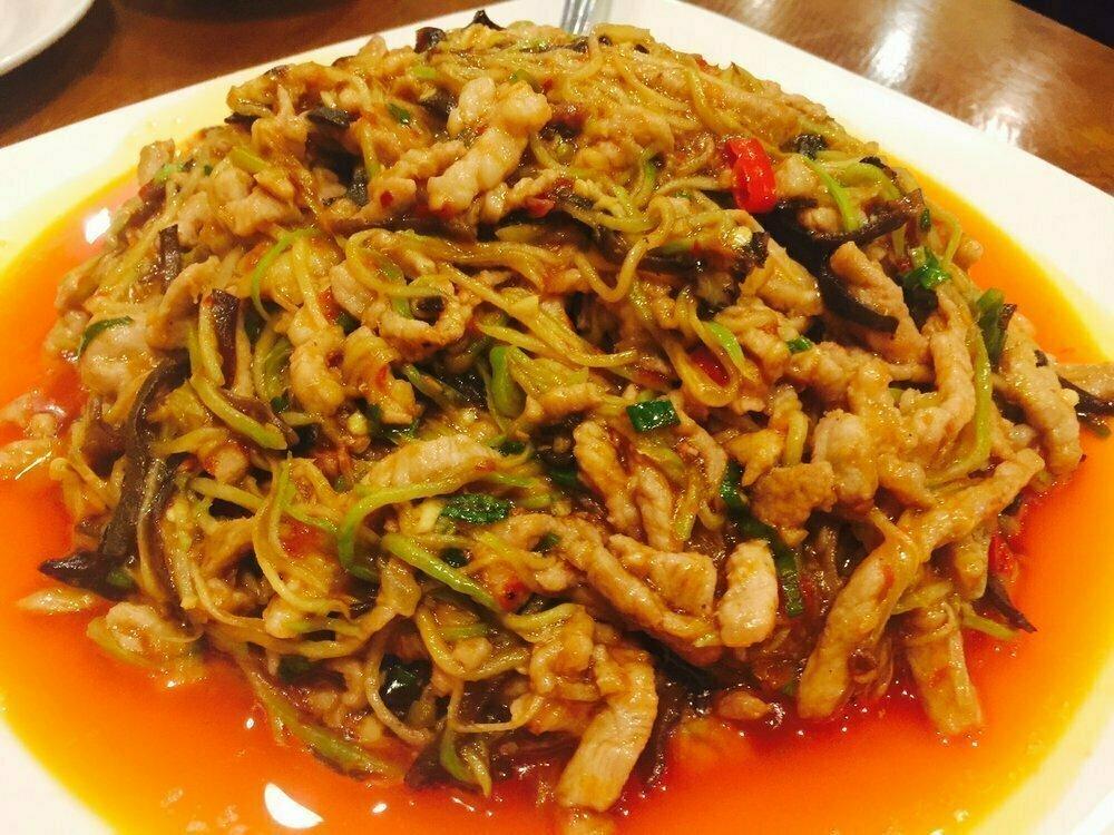 ZWCD【滋味成都】鱼香肉丝 Shredded Pork with Garlic Sauce (周二休息,晚餐不配饭)