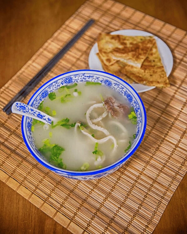 KLM【坤拉面】羊杂汤+葱油饼