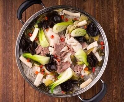 XXCC【小熊川菜】酸菜鱼羊锅 Sauerkraut Fish and Lamb Pot (每周二休息)
