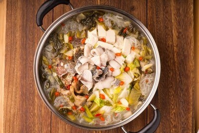 XXCC【小熊川菜】酸菜活鱼锅 Sauerkraut Tilapia Pot (每周二休息)