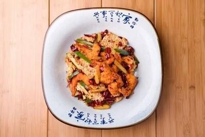 XXCC【小熊川菜】香辣锅巴大虾 Mala Prawns with Crispy Rice Cracker (12) (每周二休息)