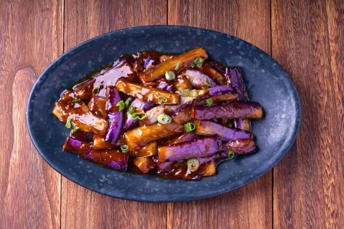 XXCC【小熊川菜】鱼香茄子 Eggplants in Spicy Garlic Sauce (每周二休息)