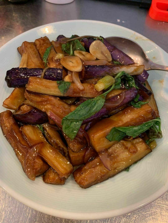 XZH【湘浙汇】九层塔烧茄子 Stir-Fried Eggplant with Basil (每周一休息)