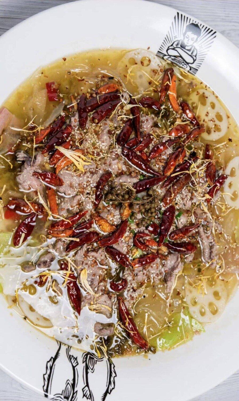 B2J【不二家酸菜鱼】大号老坛子酸汤和牛 Chinese Sauerkraut Beef (2lb送四个配菜!)