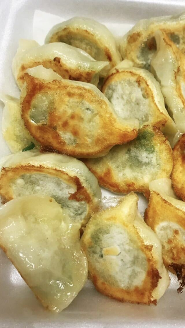 KLM【坤拉面】大虾韭菜煎饺 Shrimp&Chives Fried Dumpling (16pcs) (周三休息)