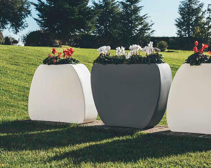 Vaso Cuore Moderno Utilizzo Sotto e Sopra 100x31xh80 cm in resina