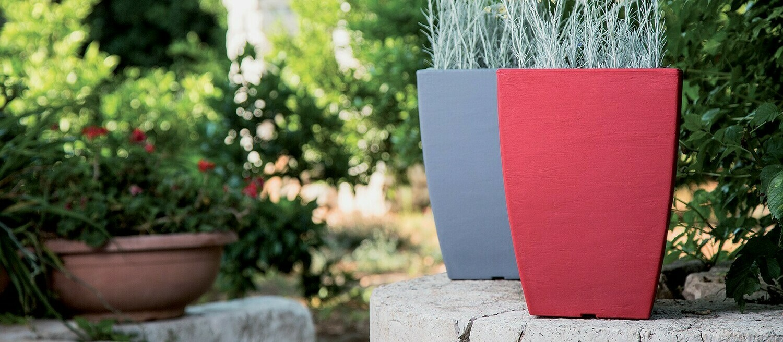 Quadrato Prisma ruvido moderno 27x27xh38 cm in resina