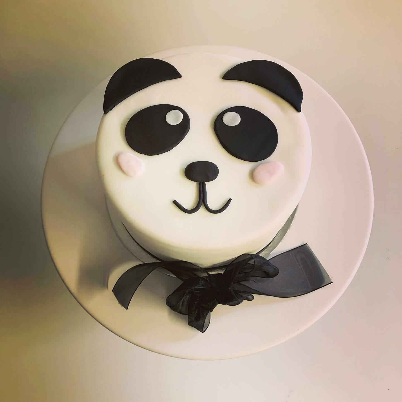 Panda Face Cake!