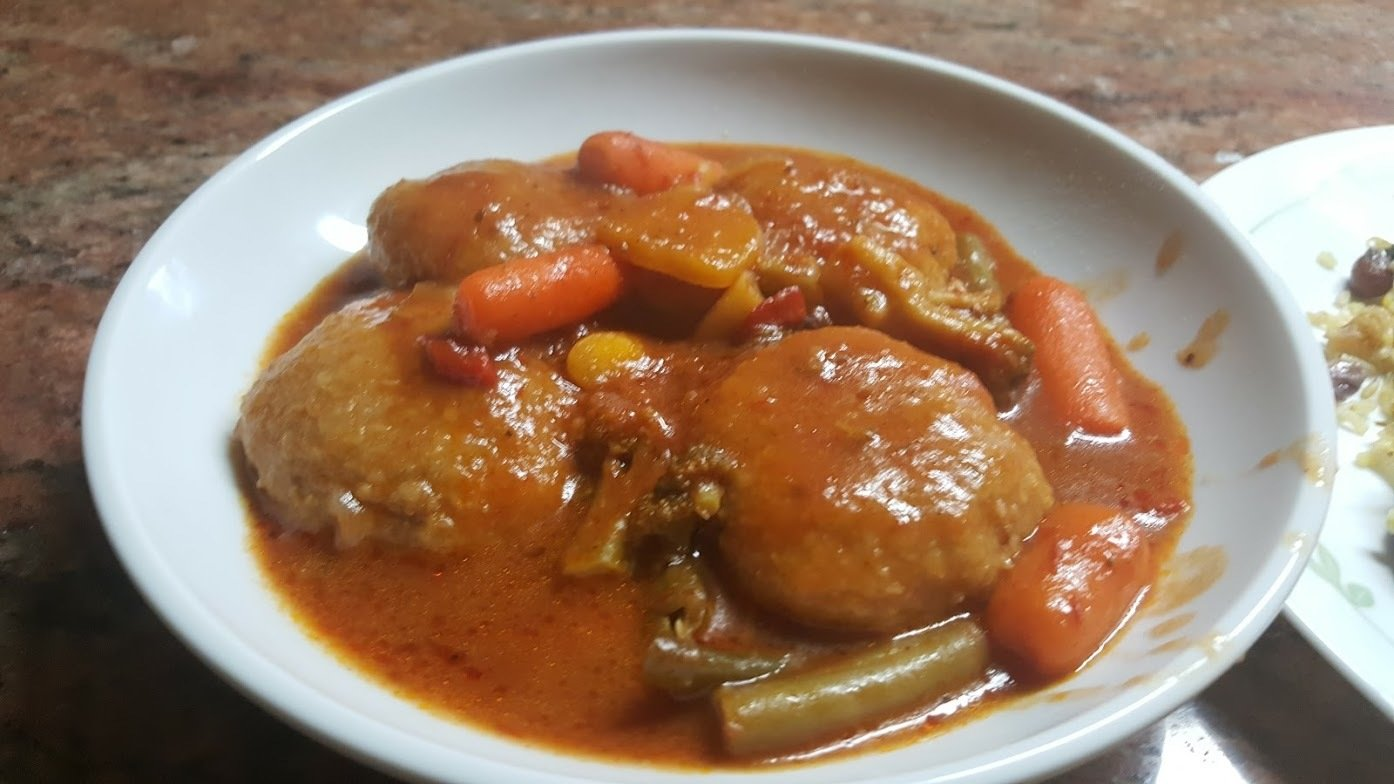 Secret Recipe #2 Iraqi kubba Burghul (cracked wheat) Dumplings with vegetables & tomato Sauce
