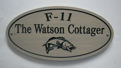 Custom Oval Family Name Sign Cottage Sign with Carved Fish