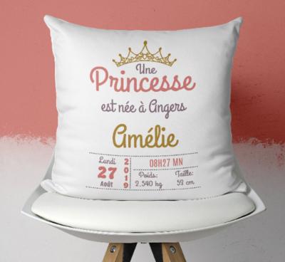 Coussin naissance personnalisable pour petite fille avec ou sans photo thème princesse