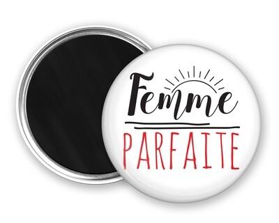 Badge magnet femme mot personnalisable