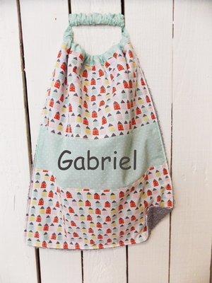 Bavoir serviette prénom personnalisé coton éponge pastel et petit maison