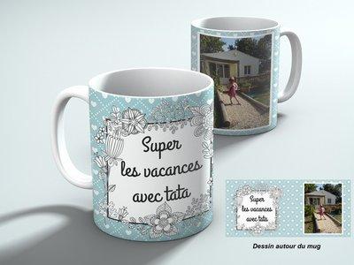 Mug personnalisable avec une photo et votre texte, fond bleu et cœur blanc