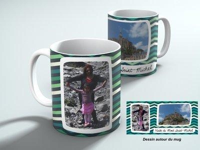 Mug personnalisable avec 2 photos et votre texte, fond turquoise géométrique