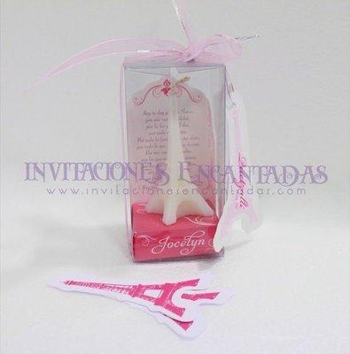 Invitación XV Caja Acetato Vela Torre Eiffel 8 cm