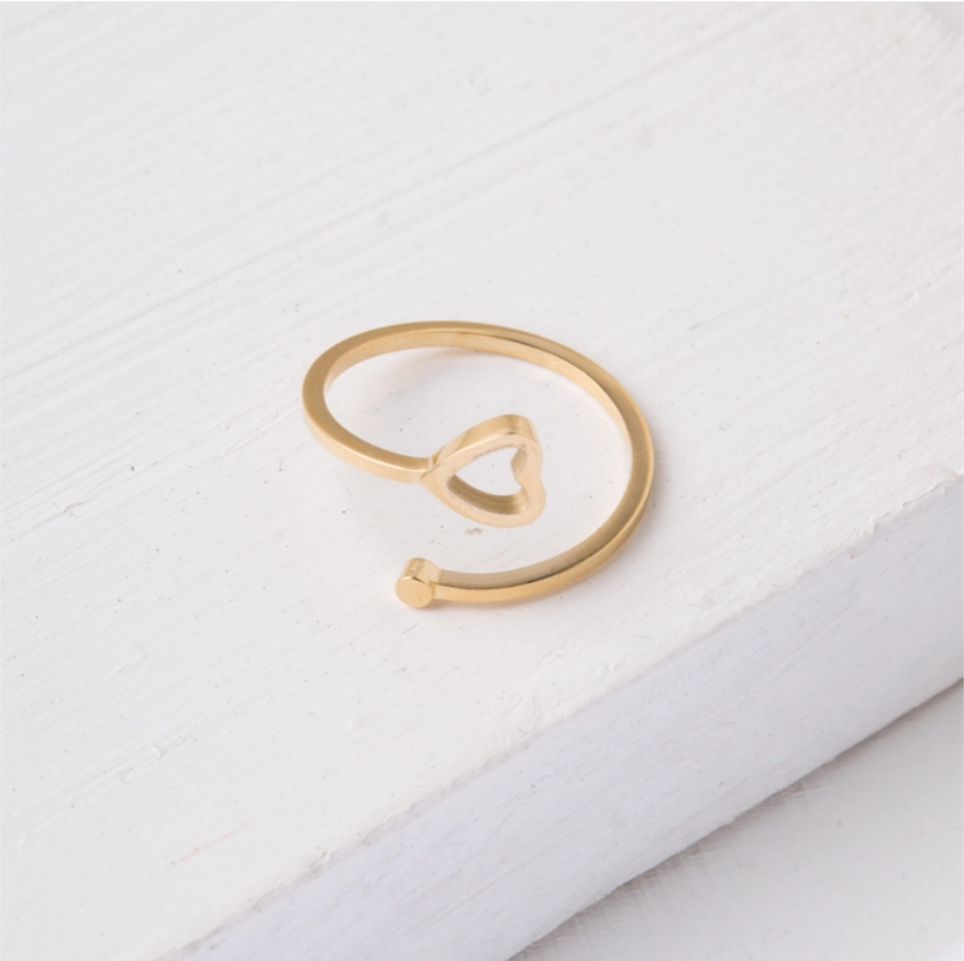 Ada Heart Ring (Silver or Gold)