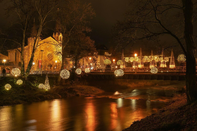 Uferlichter an der Ahr in Bad Neuenahr